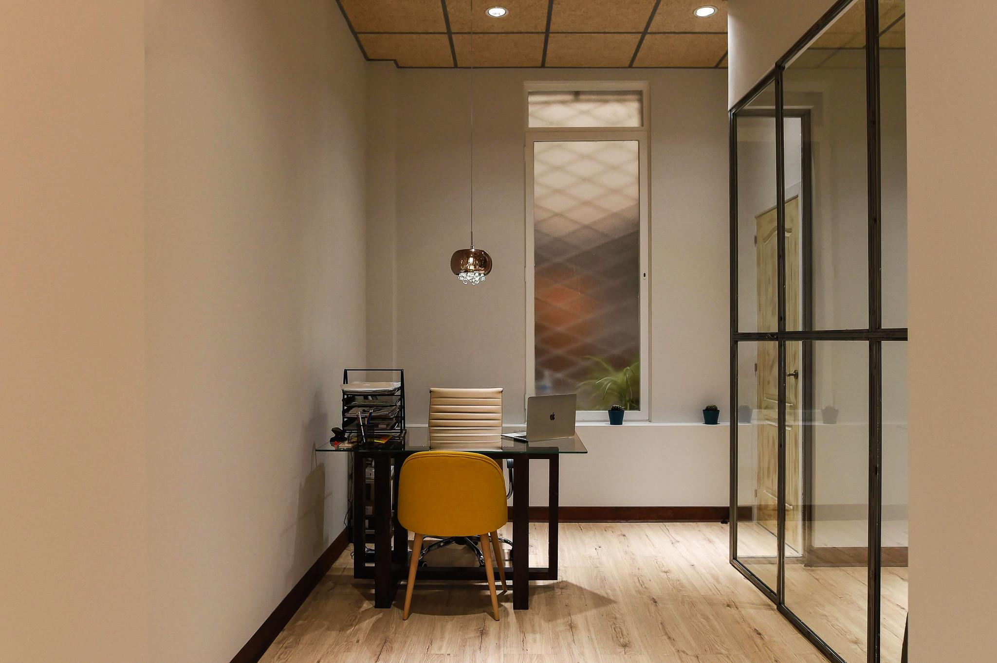 Reformas integrales y decoracion interior de oficinas en Madrid