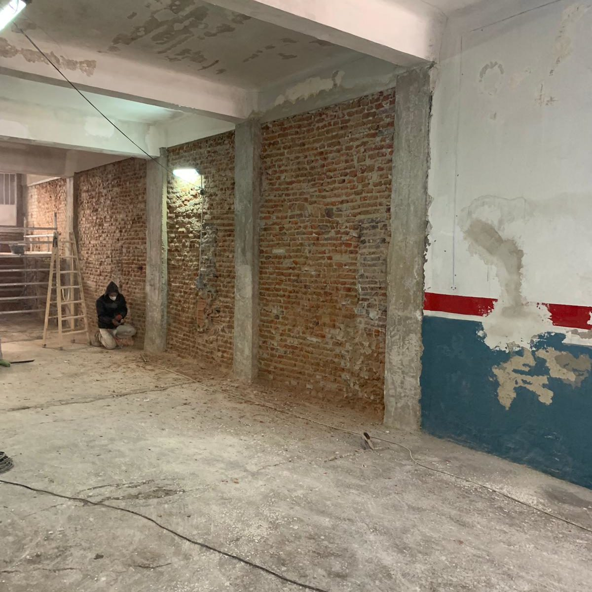 muros en ladrillo visto antes de la reforma integral