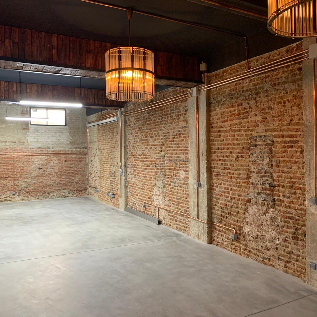 reformar un garaje a oficina