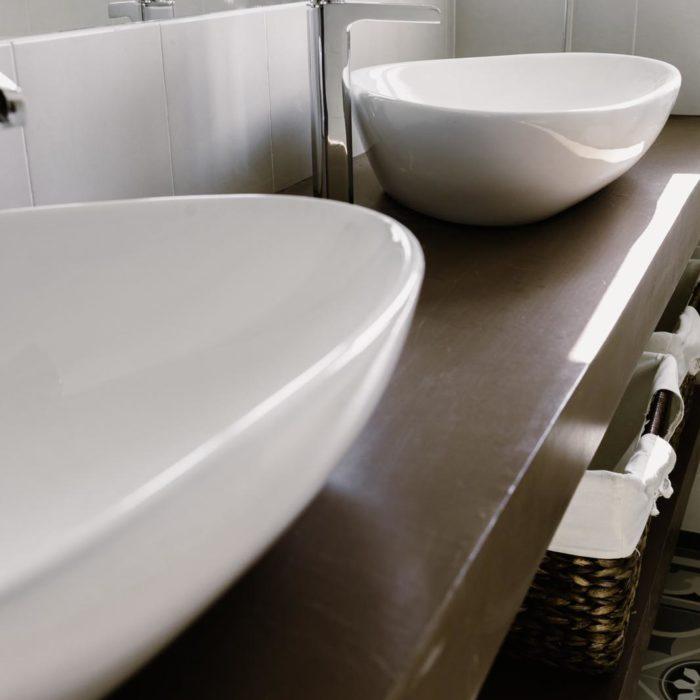 reforma baño con doble lavabo